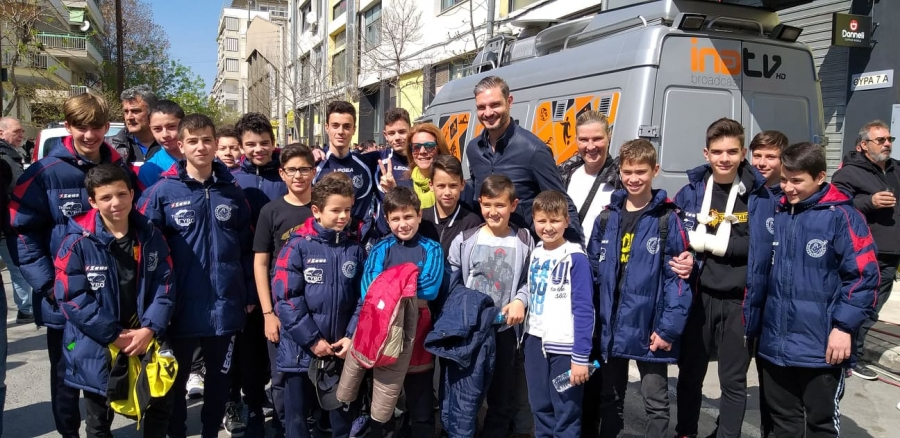 Μια όμορφη ποδοσφαιρική εμπειρία στο Χαριλάου και συνάντηση με τον πρωταθλητή Ευρώπης Χαριστέα! (photo)